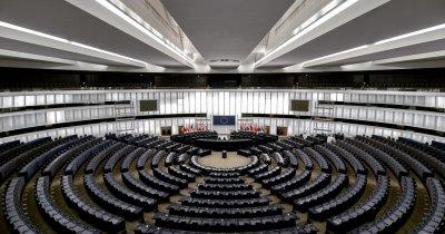 UE: Nu sunteți cuminți cu statul de drept? Tăiem fondurile europene