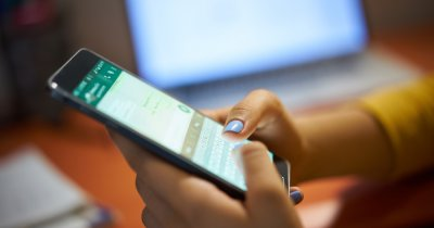 WhatsApp frânează distribuirea mesajelor care dezinformează