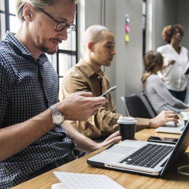 Scade apetitul pentru afaceri: puține firme noi, multe suspendări