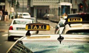 Taximetriști vs Români: clienții și șoferii vor lucruri diferite