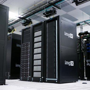 Piața de data centere: ferma de criptominare a dus la o creștere