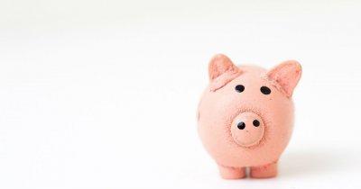 400.000 liceeni învață despre bani. Lansare de carte și program pilot