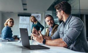 Acer TravelMate P6: baterie mai puternică într-un design ultra-subțire