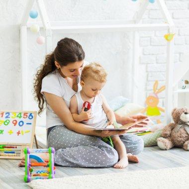Netflix-ul românesc pentru jucării și Cărturești, proiect comun