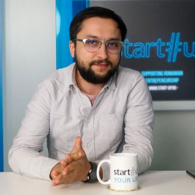 """Ștefan Mako, Inclusiv.ro: """"Nu poți să faci carieră din supraviețuire"""""""