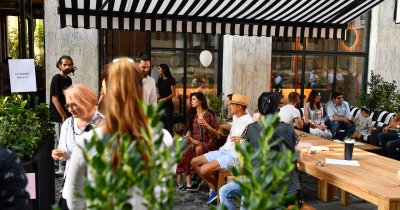 12 stele Michelin pentru un kebab în București. Povestea Le Bab