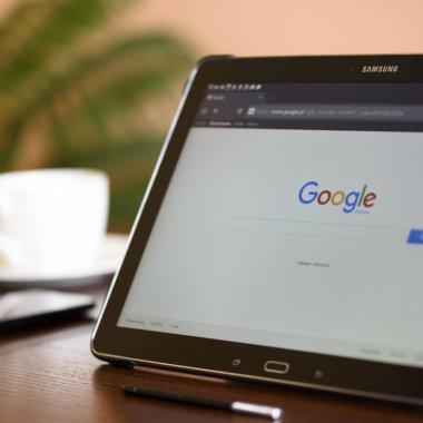 Google te lasă să raportezi site-urile cele mai suspecte de pe net