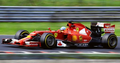 Telekom Business: pachete cu team building la Formula 1 și zboruri