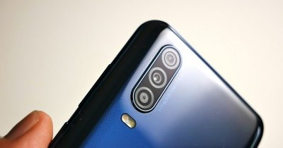 "Review Motorola One Action: Telefonul cu care nu poți filma ""greșit"""