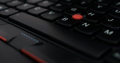 Creștere record pentru Lenovo pe diviza de PC-uri