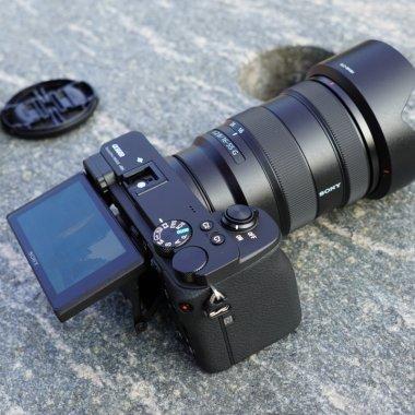 Hands on: Sony A6600 - camera cu care nu ratezi nicio fotografie