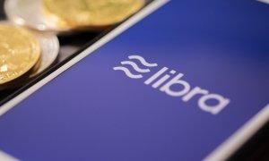Autoritățile europene vs Libra. Ce problemă are UE cu moneda Facebook