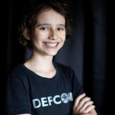 Programator la 12 ani: povești cu hackeri, nu romanțe cu prințese