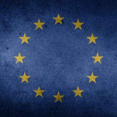 Protecția consumatorilor: UE interzice review-urile false. Alte măsuri