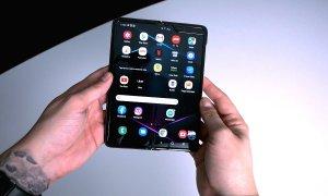 Review Samsung Galaxy Fold: inspirat de trecut, dar poate fi viitorul