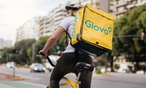 Glovo se lansează în Slatina și Buzău. Poți să faci cumpărăturile din aplicație