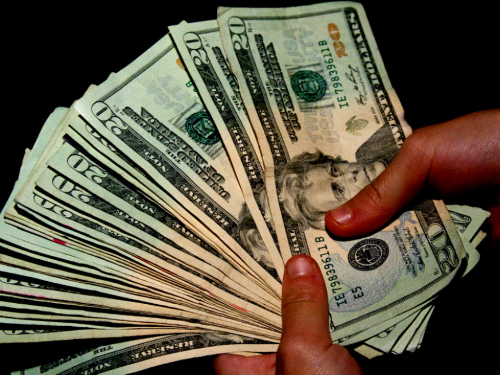 bani money finantare startup