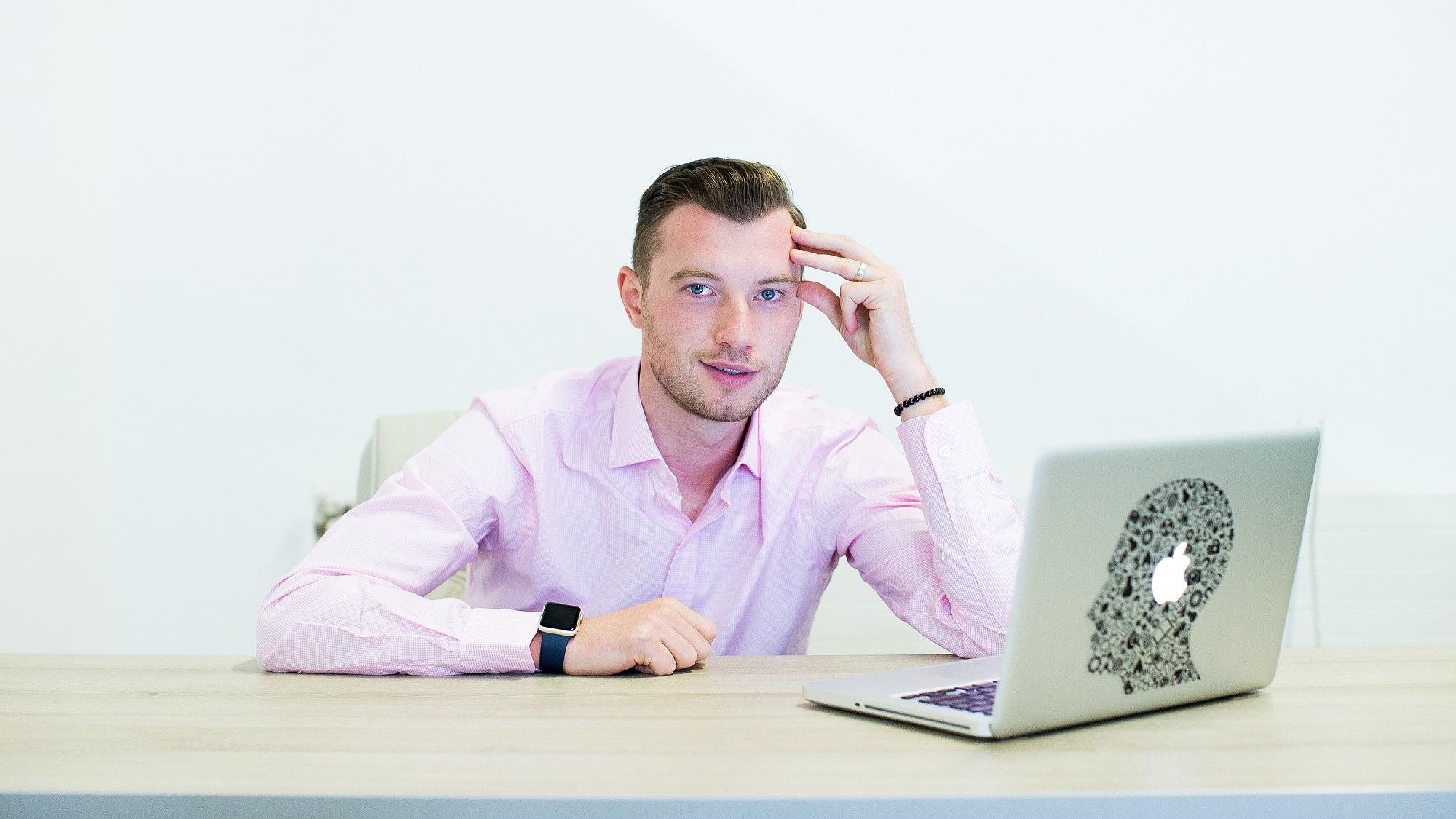Alexandru HOLICOV_ fondator Adservio educatie platforma digital