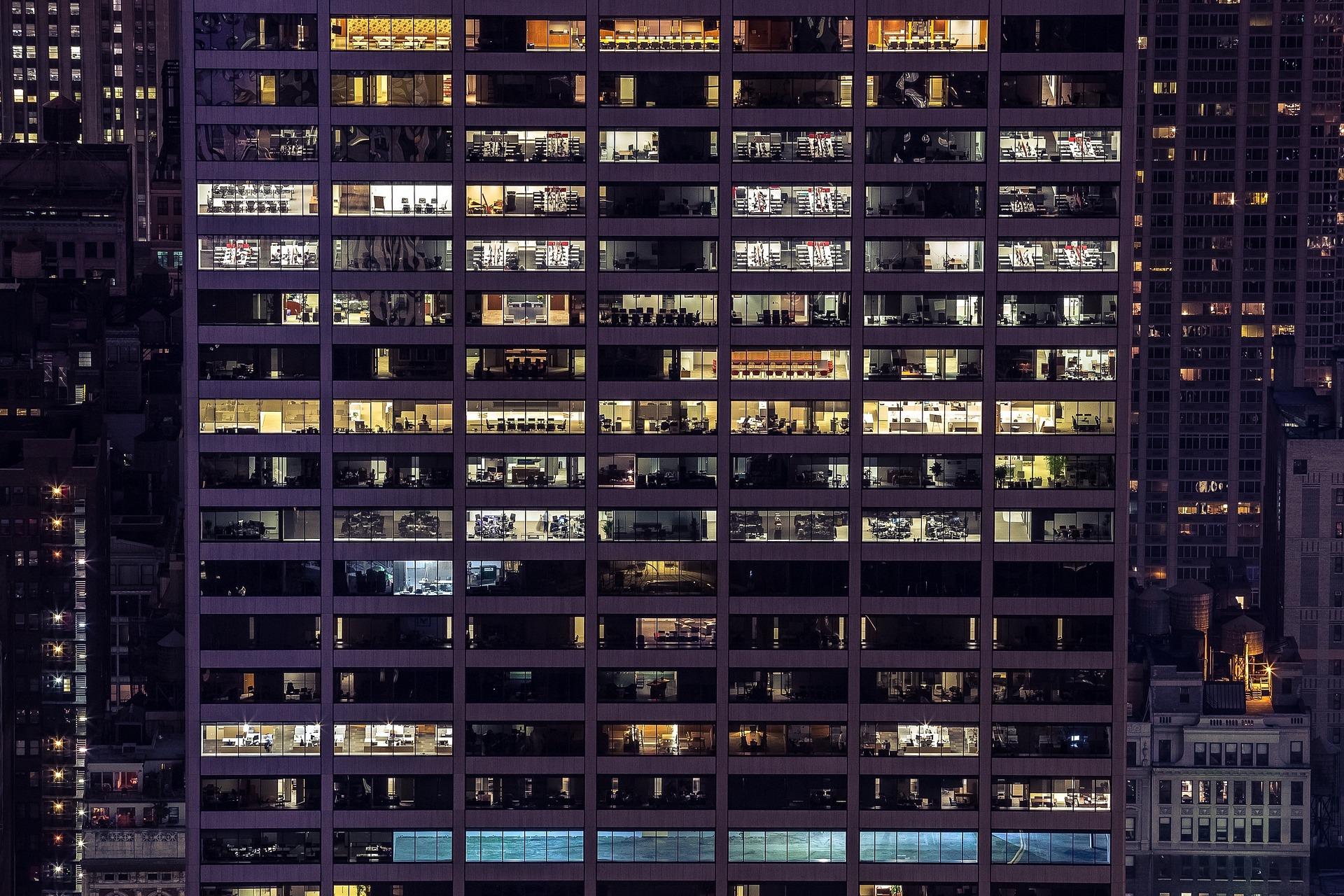 cladire corporatie birouri multinationala afacere mare