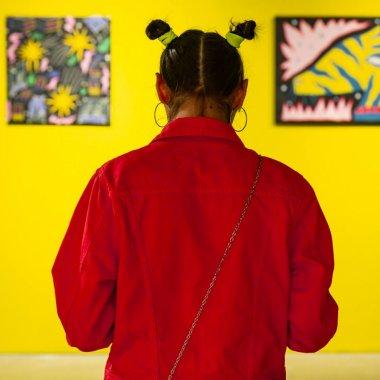One Night Gallery: Arta se îmbină cu AR-ul, VR-ul și videomappingul