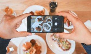 Facebook te ajută să gătești acasă ce ai fotografiat în vacanță